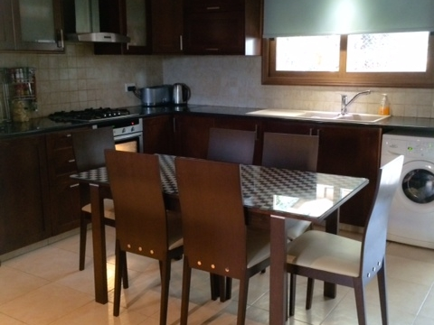 FC-9898: House (Detached) in Polemidia (Pano), Limassol for Sale - #2